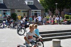 Basisschool 't Bijenveld sluit af met fietstocht