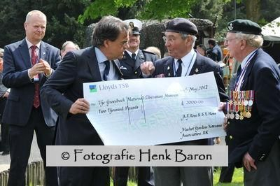 DSC_2778_veteranencheque