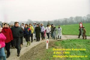 IMG 091290 demonstratie dijk Kekerdom_0007_tekst (Large)