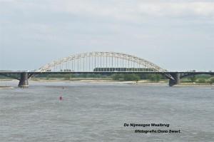 DSC_6034Waalbrug (Large)