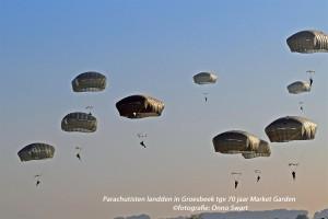 DSC_2366 parachutisten (Large)