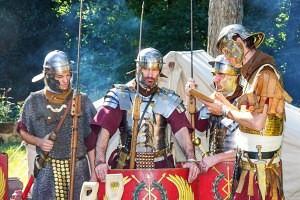 Leer zaterdag 2 mei Romeins vechten in Orientalis
