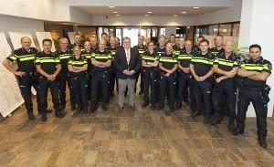 Nijmegen 30-06-2015. Wijkagfenten met burgemeester Bruls in het midden. FOTO: GER LOEFFEN