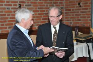 DSC_6213 boek Jan van Eck naam
